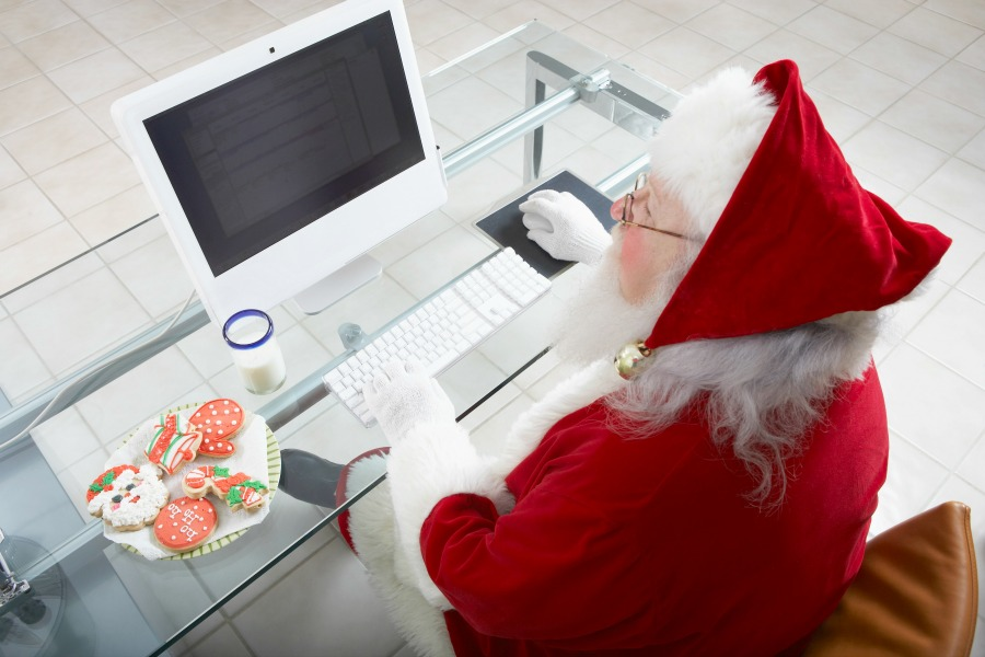 Solopreneur Marketing Strategies for Upcoming Holidays